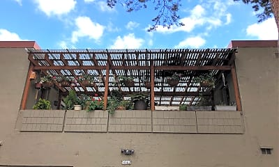 Richardson Court Apartments, 2