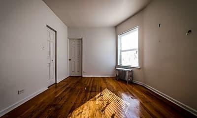 Living Room, 8141 S Kingston Ave, 1