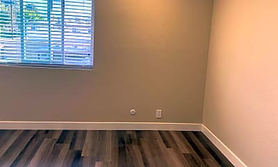 Bedroom, 700 Race St, 1