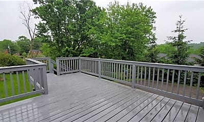 Patio / Deck, 111 Pearl Dr, 2