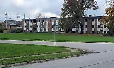 Building, 115 Southview Dr, 2