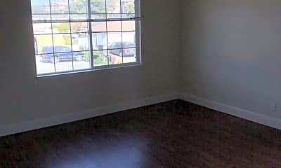 Living Room, 2254 Luz Ave, 1