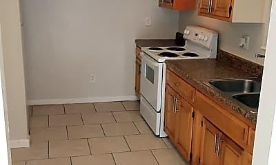 Kitchen, 5219 Plymouth St, 2