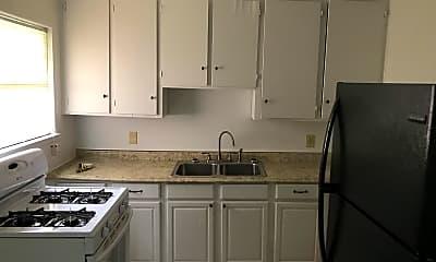 Kitchen, 808 Pirtle Street, 2