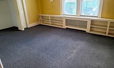 Bedroom, 265 Boston Turnpike, 1
