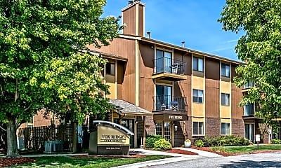 Fox Ridge Apartments, 1