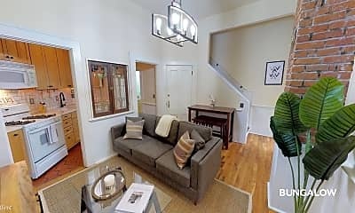Living Room, 227 NW 18th Ave, 0