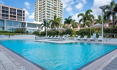 Pool, 145 2nd Ave S Apt 623, 1