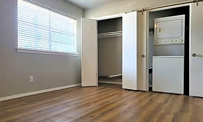 Bedroom, 6708 N Meridian Ave, 2