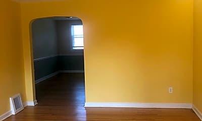 Living Room, 602 Crescent Dr, 1