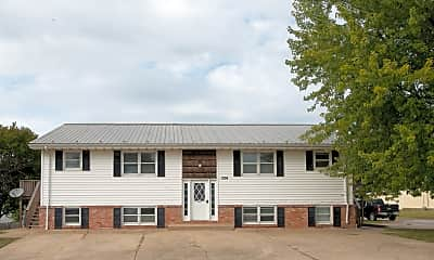 Building, 1204 Hillcrest Rd, 2