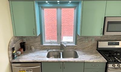 Kitchen, 65-19 Boelsen Crescent, 2