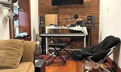 Living Room, 338 W 19th St, 1