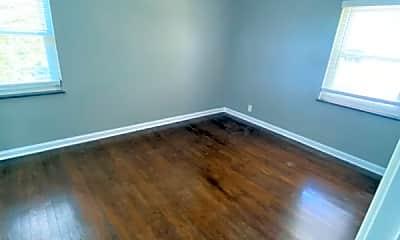 Bedroom, 815 Schiff Ave, 2
