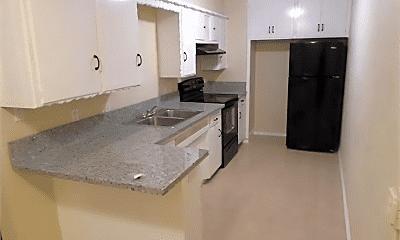 Kitchen, 2410 SW 59th St, 2
