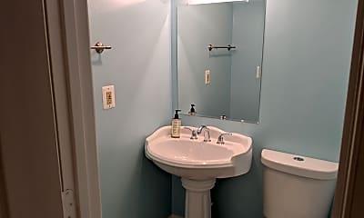 Bathroom, 5712 Berwyn Rd, 2