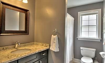 Bathroom, 30 Furlong St, 2