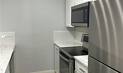 Kitchen, 604 NE 29th Dr D, 1