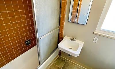Bathroom, 230 Josefa St, 2