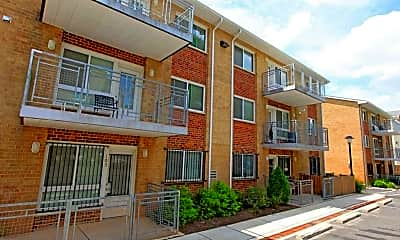 Fairlawn Marshall Apartments, 1