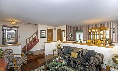 Living Room, 54 Winchester Ct, 1
