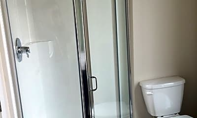 Bathroom, 31 Cowlitz St, 2