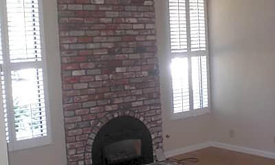 Living Room, 2374 Glen Ellen Cir, 1