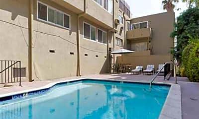 7364 Hollywood Boulevard Apartments, 2