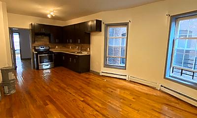 Living Room, 617 Bramhall Ave, 1