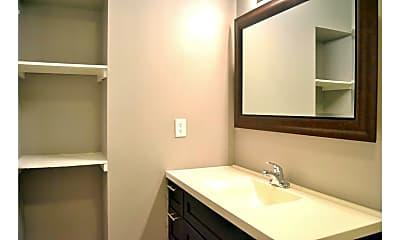 Bathroom, Villas at Alamo Heights, 2