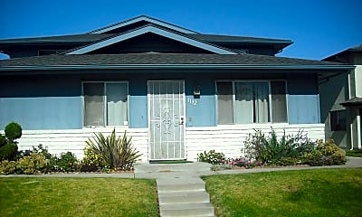 Building, 1136 Chalmette Ave, 0