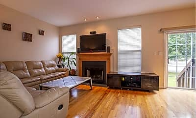 Living Room, 180 Crown Point Rd, 1