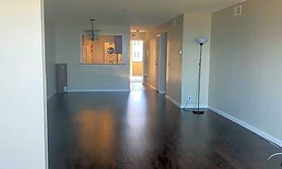 Living Room, 933 Shore Line Dr, 1