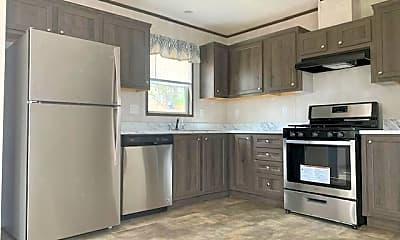 Kitchen, 35 Rustic Pkwy 123, 1