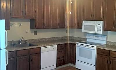Kitchen, 306 Aspetuck Trail 306, 1