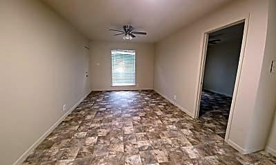 Kitchen, 4610 Maddox St, 2