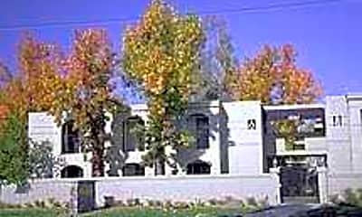 Villa Serrano, 1