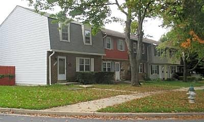 Building, 17734 Larchmont Terrace, 1