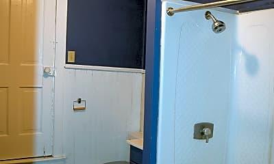Bathroom, 134 W High St, 2