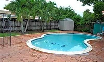 Pool, 6521 Scott St, 2