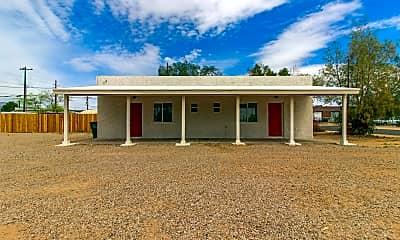 Building, 204 W Sahuaro St 2, 1