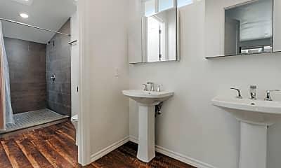 Bathroom, 1056 Cliff Dr, 2
