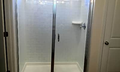 Bathroom, 324 Crabapple Circle, 2