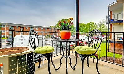Kings Ridge Apartments, 2