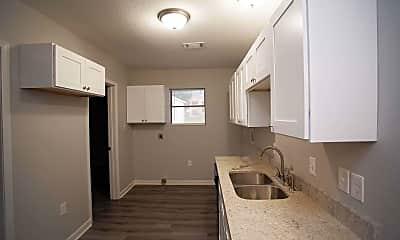 Kitchen, 550 Bivens road east, 0