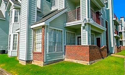 Building, 10630 Westbrae Pkwy 503, 1