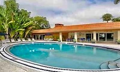 Pool, 124 NE 20th Ct, 2