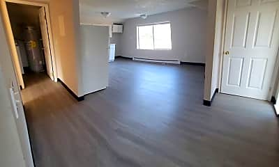 Living Room, 2101 W Mallon Ave, 1