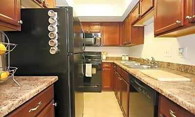 Kitchen, The Reserve At Merrick, 1