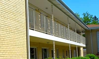 Building, 1035 N Northwest Hwy B2, 0